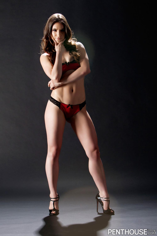 Mia Shelby